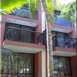 Hotel Cumanagoto Premier International Hotel, in the nearby from Playa de San Luis