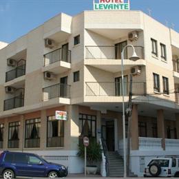 Hotel Levante, in the nearby from La Roqueta