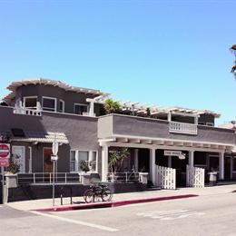 The Rose Hotel Los Angeles, in the nearby from Manhattan Beach