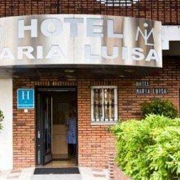 Hotel María Luísa, in the nearby from La Atunara