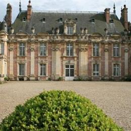 Chateau de Miromesnil, in the nearby from Ste-Marguerite-Plage