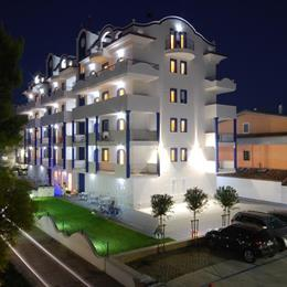 Residence Abruzzo Resort, in the nearby from 100 M Nord Canale Bonifica Surgela