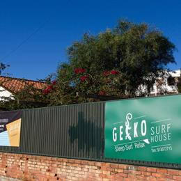 Geckosurfhouse, in the nearby from Carcavelos