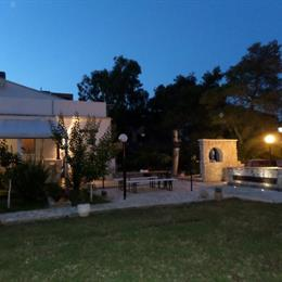 Villa Soleanna, in the nearby from 5 Canale/Foce Direz. Stazione Agip