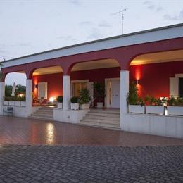 Villa Sophia Resort, in the nearby from Cala S Giovanni