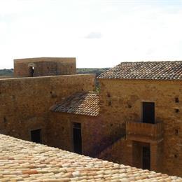 Wine Relais Feudi Del Pisciotto, in the nearby from 100 Mt A Sx Sbocco Fiume Dirillo
