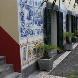 Casa Das Videiras, in the nearby from Praia Do Portinho