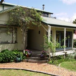 Homestay in Lynfield near Mount Roskill, in the nearby from Saint Leonards Beach