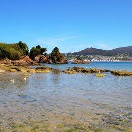 Apartamentos Duerming Sea View Viveiro, in the nearby from Bares