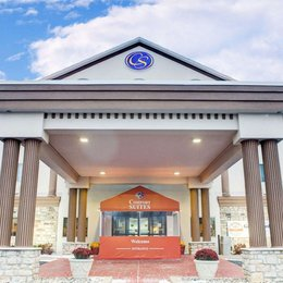 Comfort Suites Stevensville - St Joseph, in the nearby from Silver Beach