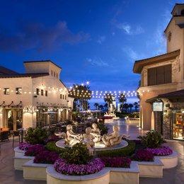 Hyatt Regency Huntington Beach, in the nearby from Colorado Lagoon