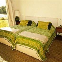 Kilometro 0 Bed & Breakfast, in the nearby from Playa de la Agraciada