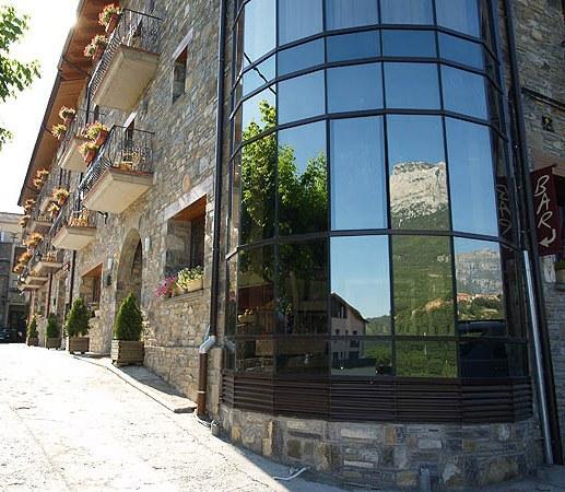 Hotel Revestido Puertolas
