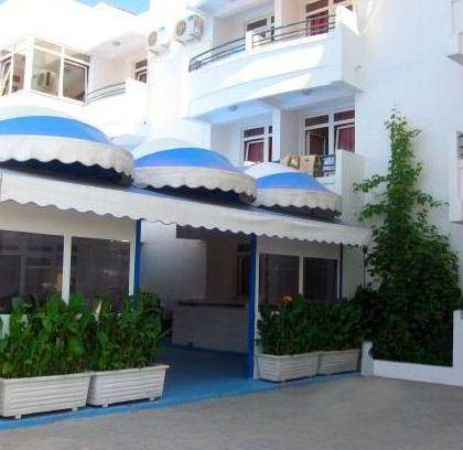 Hotel Adria Bar