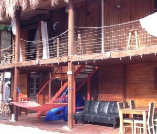 Coral Reef Beach Villa & Apartments