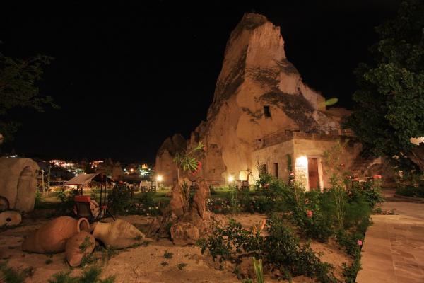Dervish Cave House_24