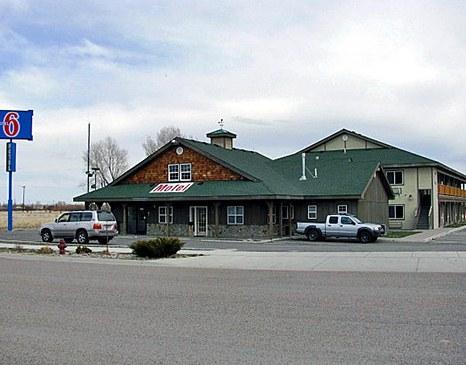 Motel 6 Dillon