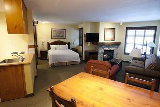 Blackcomb Springs Suites_24