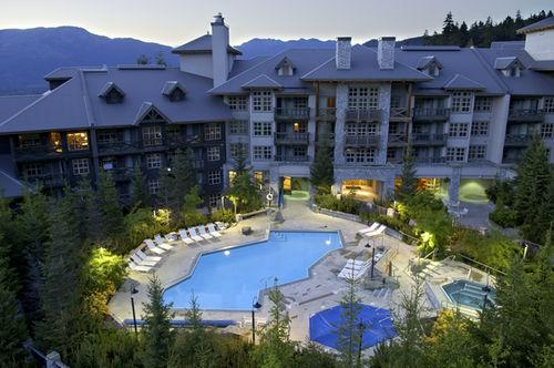 Blackcomb Springs Suites_24