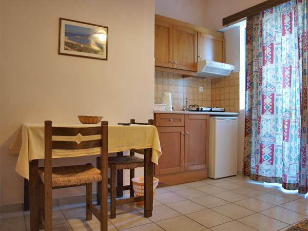Apollon Apartments Hotel Rethymno_24