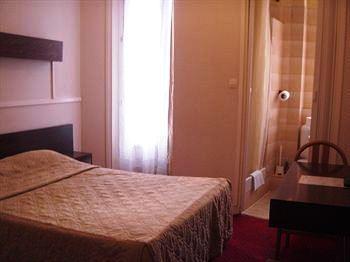Hôtel Des 3 Nations_14