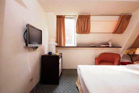 New World Hotel_8
