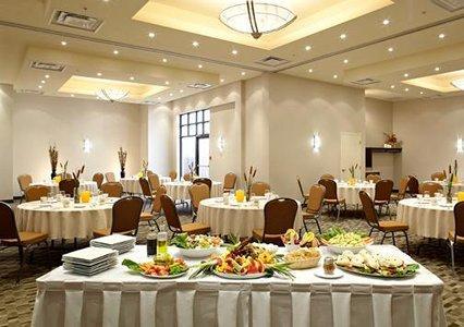 Quality Inn & Suites_9