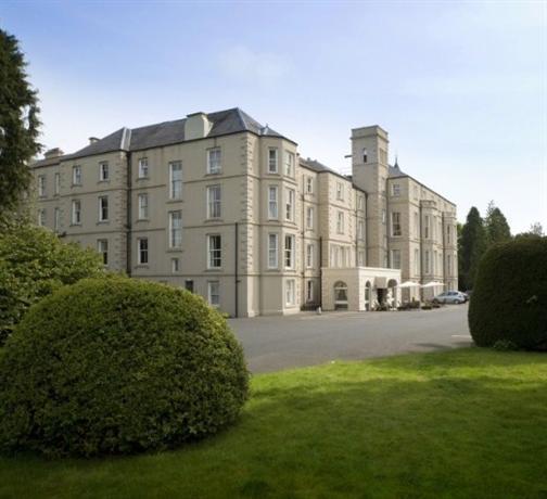 Bay Waverley Castle Hotel