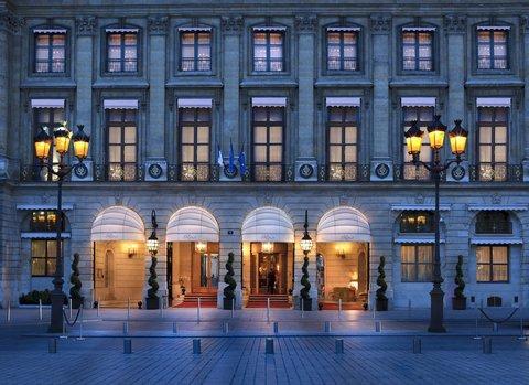 Top 10 Luxury Hotels Paris 5 Star