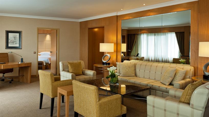 Sheraton Hotel & Convention Center_18