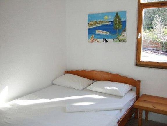 Ferah Hostel Monica's Place_23