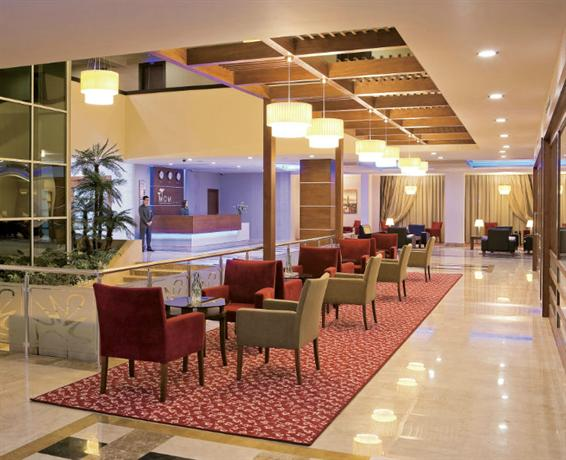 Mom Hotel_24