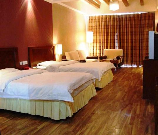 Huangqiao Hotel Luding