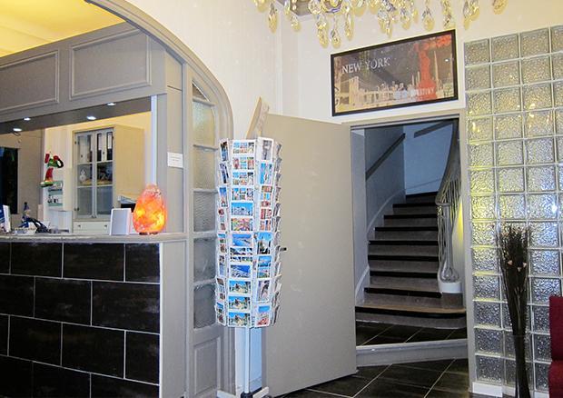 Hotel Colbert Juan-les-Pins_13
