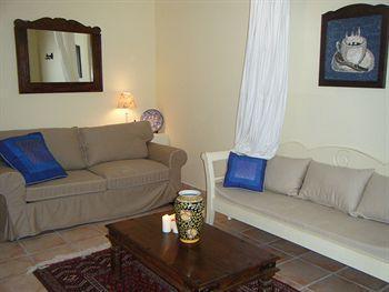 Olive Coast Suites_22