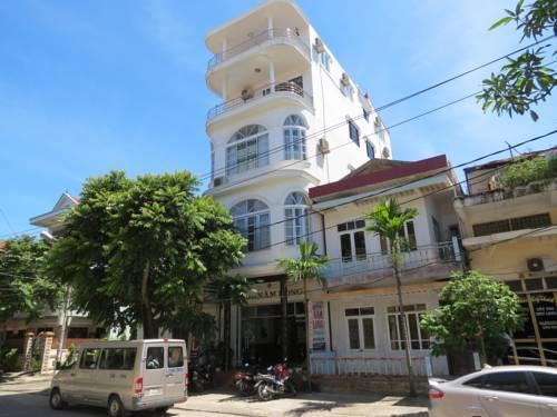 Nam Long Hotel Dong Hoi