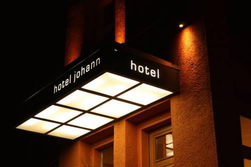 Johann Hotel