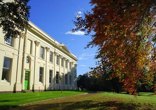 Woodbrooke Quaker Study Centre