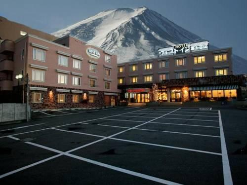 West Inn Fujiyoshida