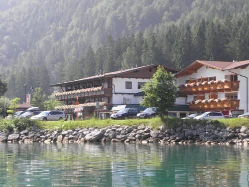 Gasthaus St Hubertus Pertisau