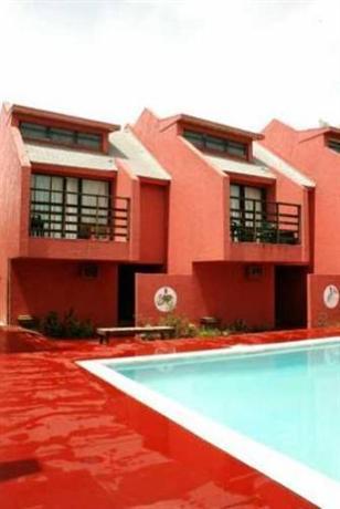 Coco Plum Hotel