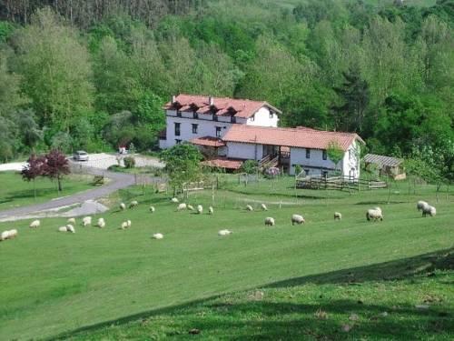 Posada Rural La Charola Lamadrid