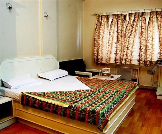 Vandana Hotel