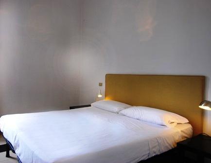 Porta Ticinese - Corso Genova Halldis Apartments