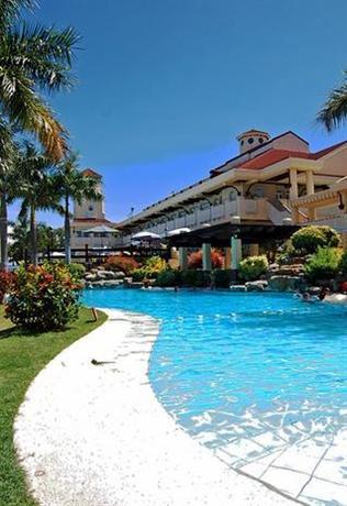 Vista Mar Beach Resort & Country Club
