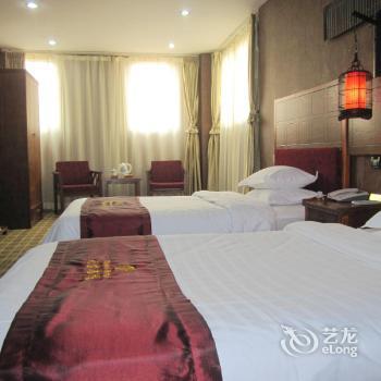 Xian Tianbao Young Hotel
