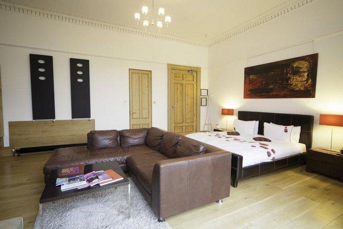 Una Hotel Brighton & Hove