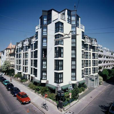 Permalink to Motel One Munchen Olympia Gate