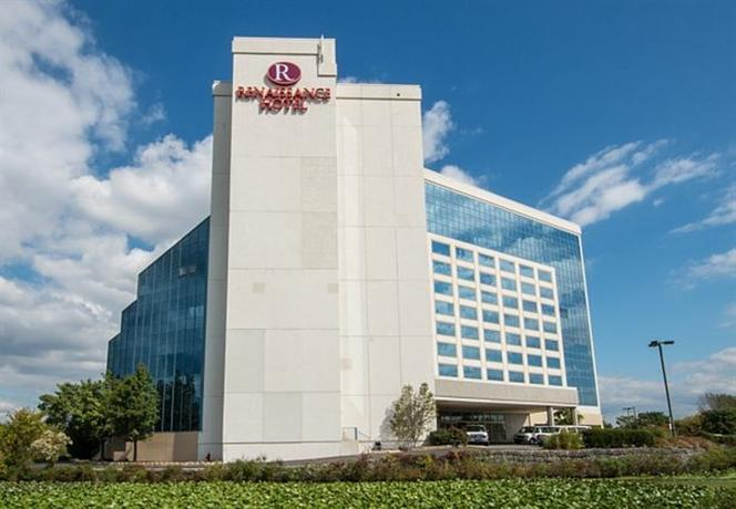 Renaissance Philadelphia Airport Hotel A Marriott Luxury & Lifestyle Hotel