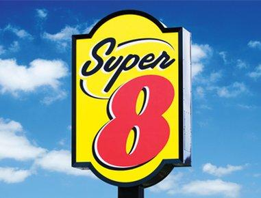 Super 8 Tianjin Guomin Heping Road